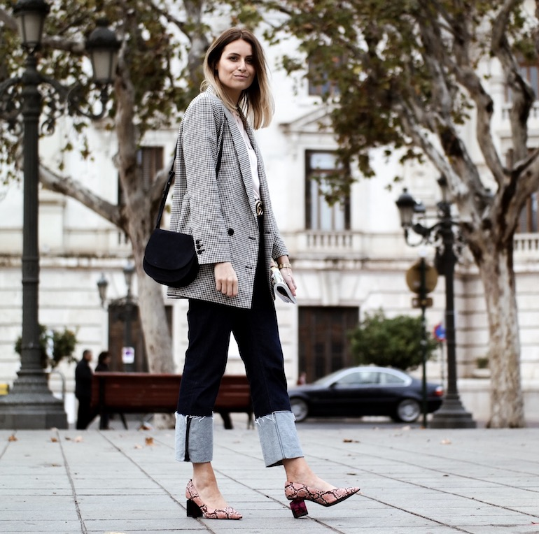 omgeslagen jeans